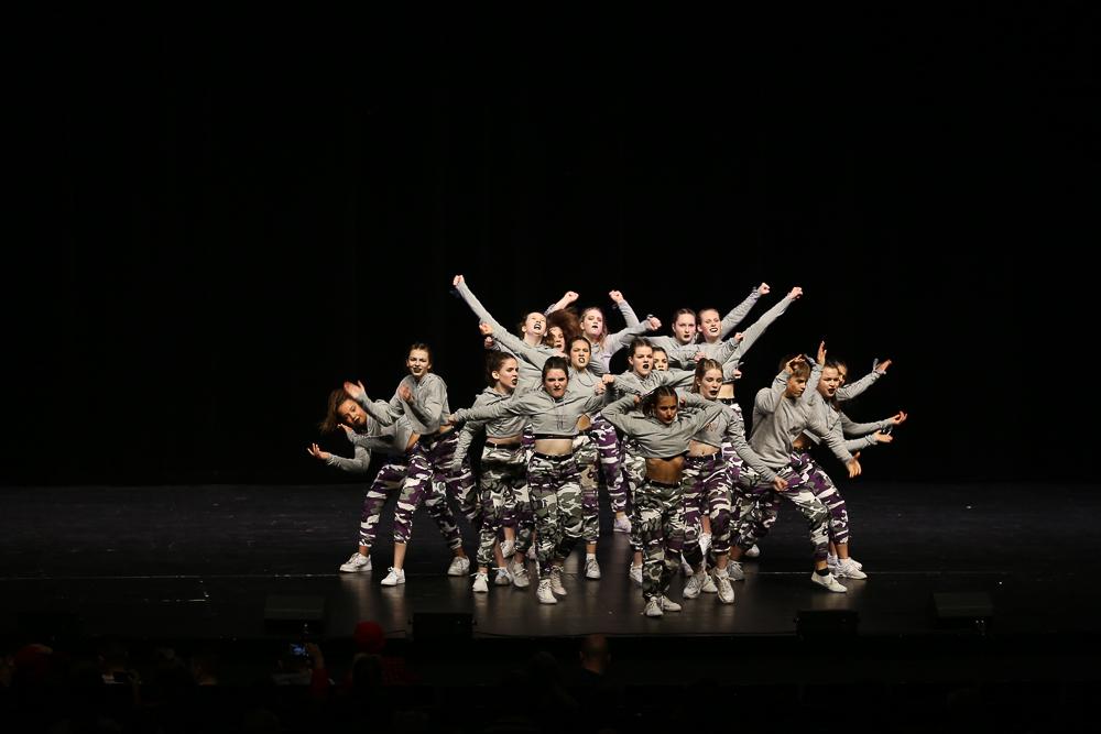 Die Tanzgruppe «Thunderbird Generation» in Aktion