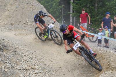 Zwei Mountainbiker während des Rennens in Gränichen