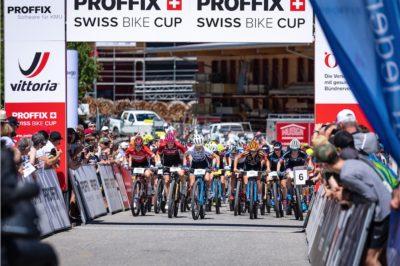 Start Elite Frauen Rennen in Gränichen