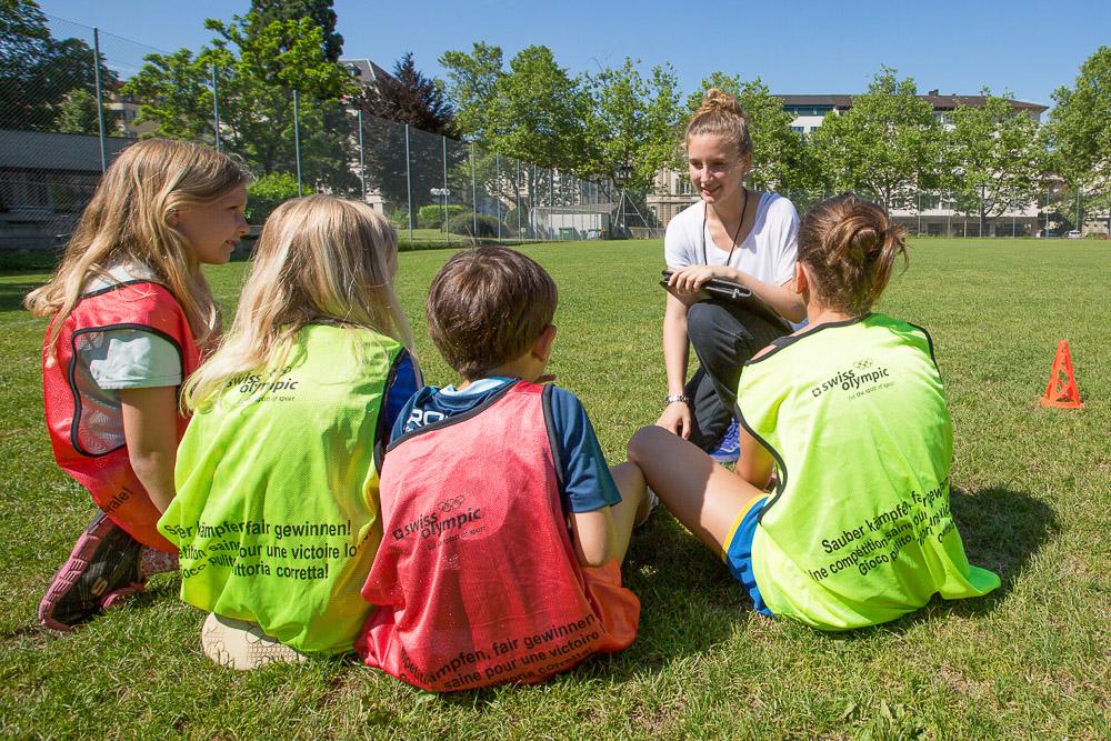 Jugendliche im Einsatz als Hilfsleiter in J+S-Angeboten