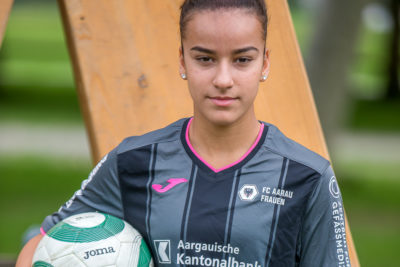 Altina Raqipi spielt Fussball bei den FC Aarau Frauen