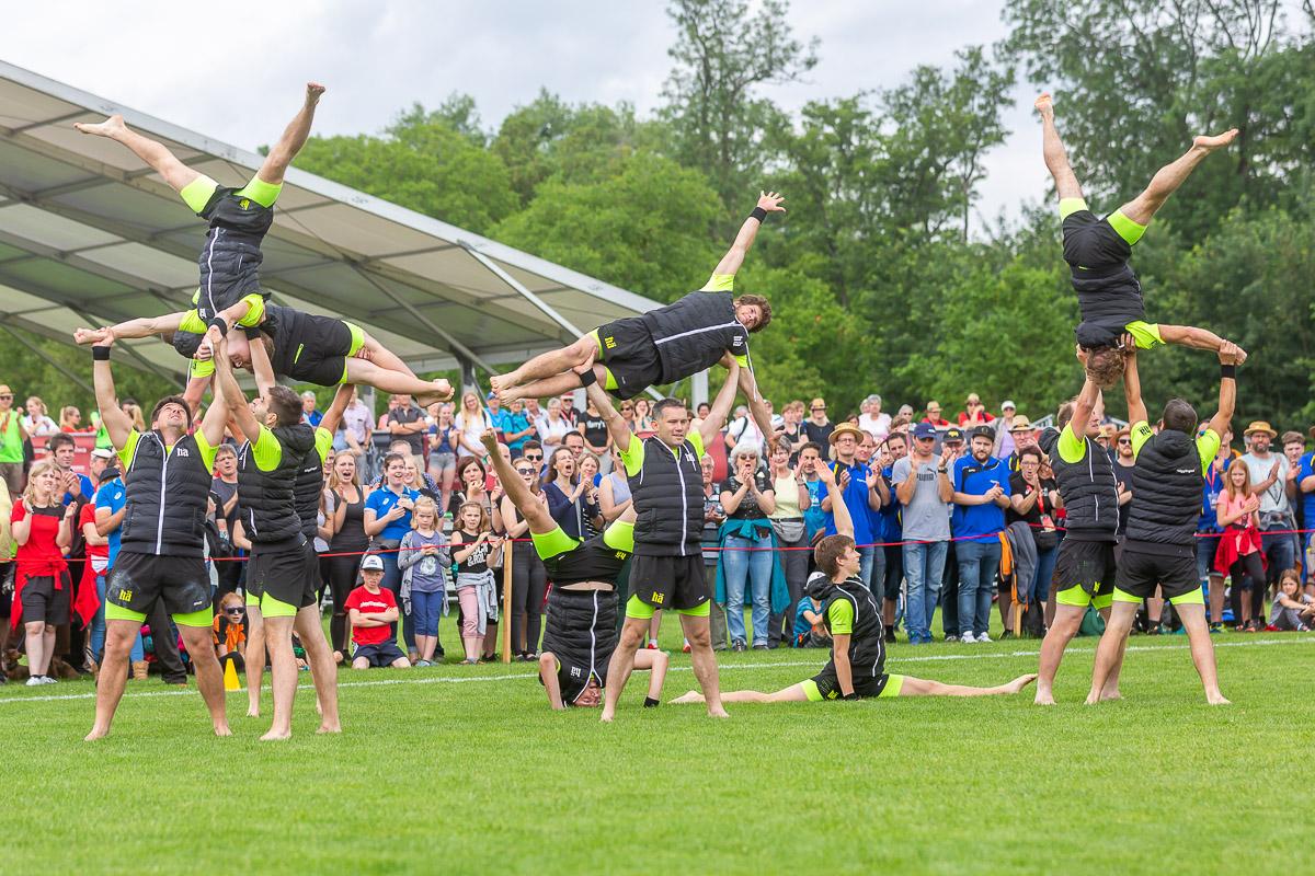 Gynmnastik-Darbietung am Turnfest in Aarau
