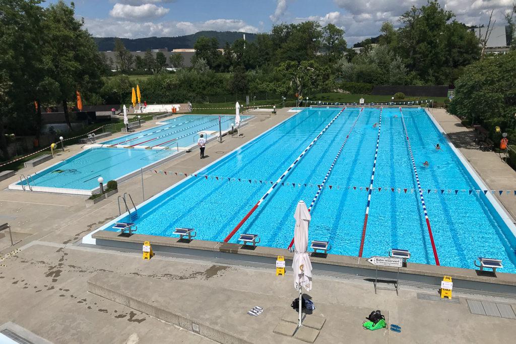 Schwimmbad Suhr