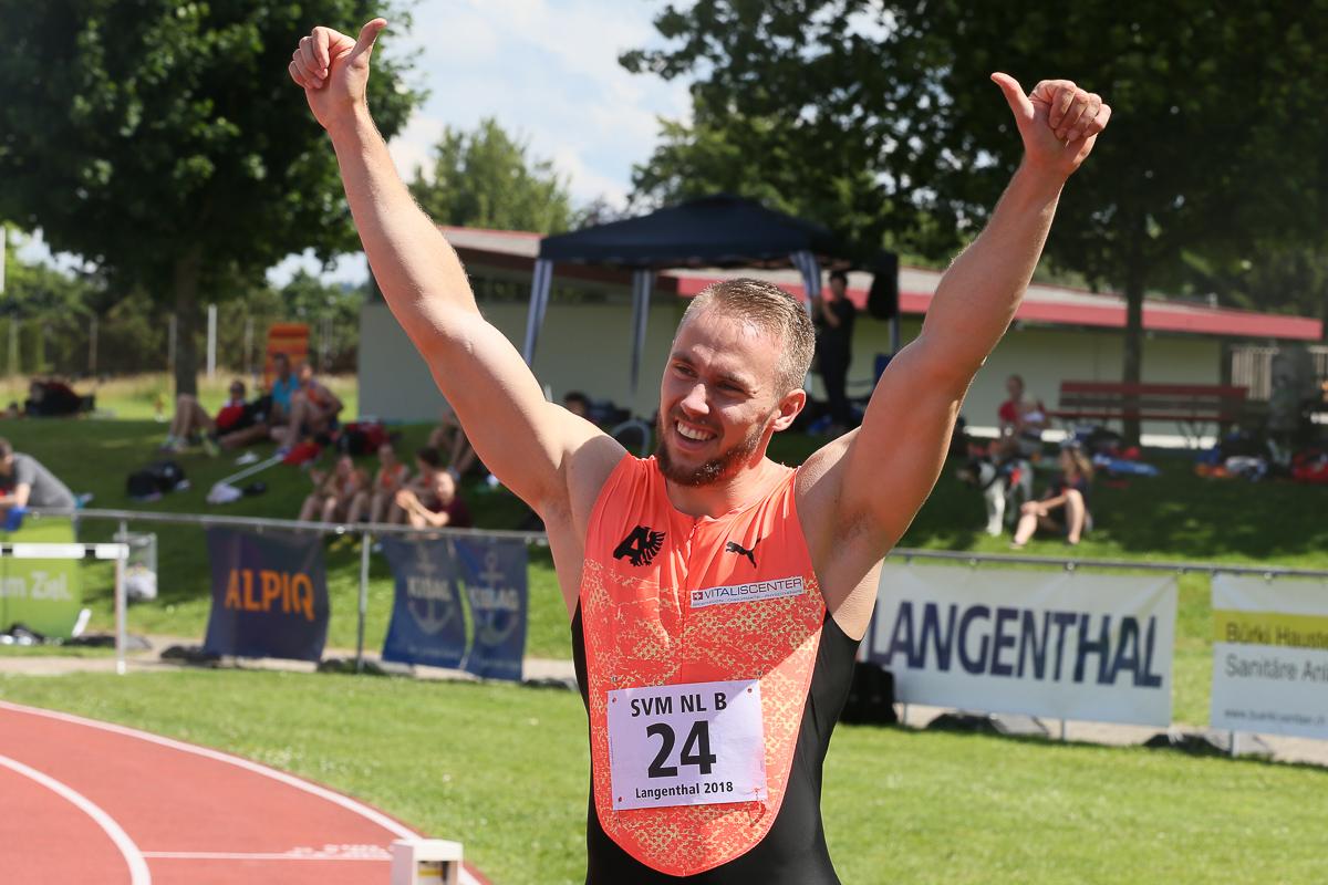 Sprinter Silvan Wicki jubelt nach einem Sieg